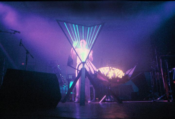 syringe_harpe_laser_metz_szajner